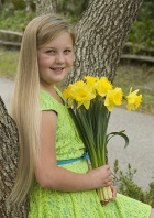 Beautiful Leah with Daffodils